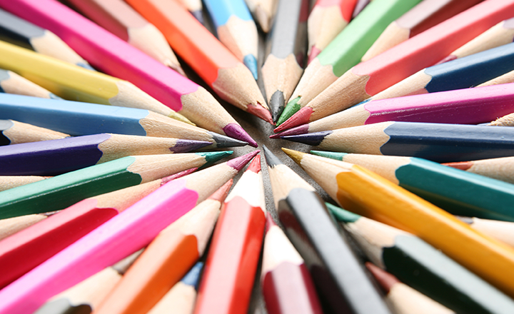 pencil_crayons_pointed_half_image_720x440